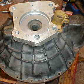 Adapter & clutch slave to gearbox top rear